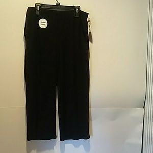 black capri sleepwear